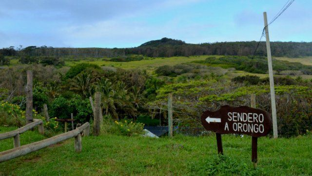 Easter Island tourism routes itineraries